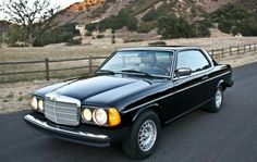 Classic Car News Pics And Videos From Around The World Mercedes Benz Coupe, Mercedes W114, Custom Mercedes, Mercedes Benz World, Mercedes Benz Autos, Old Mercedes, Classic Mercedes, Diesel, Mercedez Benz