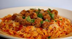 Vanilla Clouds and Lemon Drops: Summer Meatballs with Heirloom Tomato Sauce & Fresh Pasta Greek Recipes, Desert Recipes, Baby Food Recipes, Cooking Recipes, A Food, Good Food, Tomato Pasta Sauce, Think Food, Fresh Pasta