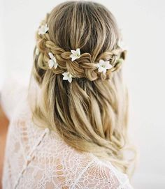 "2,605 Likes, 18 Comments - Martha Stewart Weddings (@martha_weddings) on Instagram: ""We're loving this new take on flower crowns: adding small, delicate blossoms to a wedding-ready…"""