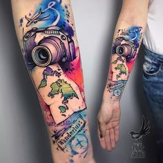 arm tattoo sleeve camera and map ideen reisen Travel Camera Tattoo Arm Tattoo, Tigh Tattoo, Tattoo Bunt, Tattoo Henna, Map Tattoos, Neue Tattoos, Body Art Tattoos, Sleeve Tattoos, Compass Tattoo