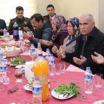 Karaisalı'da Şehit Aileleri Onuruna Program Düzenlendi
