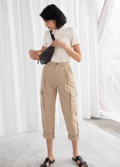 Cotton Twill Cargo Pants - Beige - Trousers - & Other Stories Work Wear Office, Casual Office Wear, Office Uniform, Casual Wear, Stylish Office, Formal Wear, Casual Chic, Office Outfits Women, Casual Outfits
