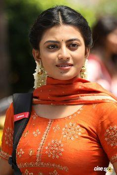 Beautiful Girl Indian, Most Beautiful Indian Actress, Beautiful Girl Image, Beauty Full Girl, Cute Beauty, Beauty Women, Beautiful Bollywood Actress, Beautiful Actresses, Indian Beauty Saree