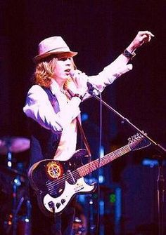 Beck and his vintage Silvertone #silvertone #guitar