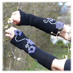 sleeves with flowers, crochet