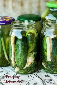 Ogorki keaszone na zone na lite Horace's wordy soli Polish Recipes, Canning Recipes, Diy Food, Soul Food, Preserves, Pickles, Cucumber, Healthy Eating, Vegetarian