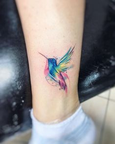 Clb AB #tattoo #tatuaje #colors #picaflor #colibri #aquarelle #watercolor #acuarela #bird #hummingbird #ink #ab #adrianbascur