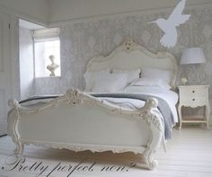 Shabby chic bedroom Laura ashley wallpaper