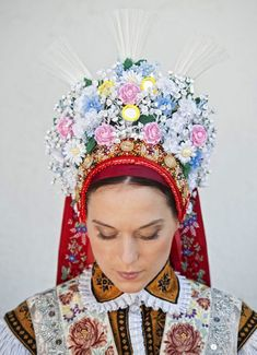 Heritage of Czechia - folk costume from Velké Bílovice Traditional Wedding, Traditional Dresses, Folklore, Costumes Around The World, Russian Wedding, Folk Costume, Party, Czech Republic, Central Europe