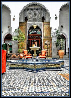 I want my house to look like this riad. Moroccan Design, Moroccan Decor, Moroccan Style, Moroccan Bedroom, Moroccan Lanterns, Living Room Light Fixtures, Living Room Lighting, Living Room Decor, Islamic Architecture