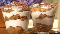 Look at this recipe - Pronto tiramisu - from Danny Boome and other tasty dishes on Food Network. Easy Tiramisu Recipe, Tiramisu Dessert, Dessert Simple, Köstliche Desserts, Dessert Recipes, Parfait Recipes, Eat Dessert First, What To Cook, Tasty Dishes