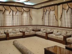 We provide you with Arabian wicker furniture long lasting, durable leather bindings & the chairs are adorned with plush cushions for extra comfort and support. Wooden Main Door Design, Rustic Sofa, Living Room Sofa Design, Cupboard Design, Sofa Sale, Moroccan Decor, Wicker Furniture, Home Decor Styles, Decoration
