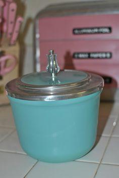 Turquoise Ice Bucket - Pyrex