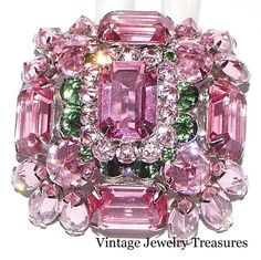 Made In Japan Jewellery Box Jewelry Making Meaning I Love Jewelry, Jewelry Art, Jewelry Accessories, Jewelry Design, Jewellery Box, Jewelry Making, Antique Brooches, Antique Jewelry, Vintage Jewelry