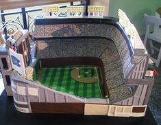 Chicago Cubs Stadium Wedding Cake - Wrigley Field.  A truly amazing recreation!  #baseballwedding