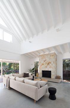 Living Area, Living Spaces, Coastal Living Rooms, Coastal Homes, Interior Architecture, Interior Design, Interior Ideas, Modern Coastal, Coastal Interior