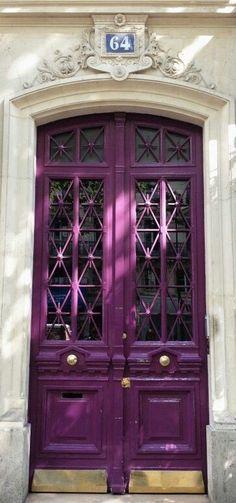 Parisian door - cool door and in my favourite colour as well