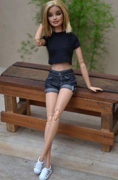 dollies For fashion dolls (and their collectors) who believe that being comfortable in any clothing you wear is your sexiest, AtelierniShasha presents --- the Black Washed Denim Shorts for 12 Barbie Style, Barbie Doll Set, Barbie Hair, Barbie Toys, Beautiful Barbie Dolls, Sewing Barbie Clothes, Girl Doll Clothes, Barbie Tumblr, Barbie Fashionista Dolls
