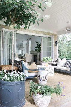 Outdoor Patio Ideas | Outdoor Patio Decorating | Outdoor Deck Décor | Outdoor Planter Ideas | Outdoor Living Spaces