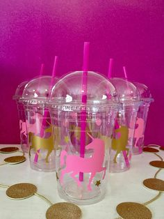 Who doesnt love Unicorns? These are custom party cups to add to your perfect Unicorn party. The sets comes in two colors. These shown are light pink & gold. However because these are made to order we can make any color combo you would like. Made with heavy weight DISPOSABLE clear 16