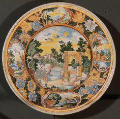 Plat ornemental au paysage et ruines, Nevers, vers 1680-1685 - Nevers, Musée de la Faïence