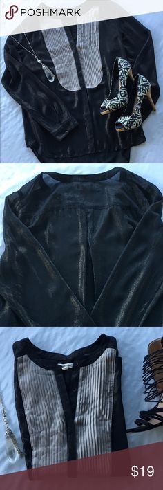 Anthropologie Silence & Noise Blouse Fabulous gray and black with gold metallic specs, ribbed across the chest. Hidden button down, collarless top! Office chic! Great/excellent condition! Anthropologie Tops Blouses