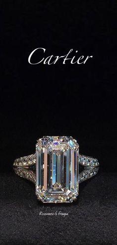 The Chic Technique: Cartier Diamond Emerald Cut Engagement Ring Cartier Diamond Rings, Emerald Diamond Rings, Huge Diamond Rings, Black Diamond Jewelry, Big Rings, Emerald Cut Diamonds, Ring Verlobung, Schmuck Design, Luxury Jewelry
