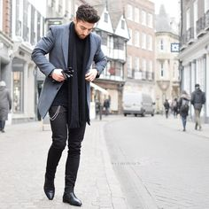 """coolcosmos: """"Rowan R. """" Daily streetwear over here Winter Mode Outfits, Winter Fashion Outfits, Autumn Fashion, Casual Outfits, Fashion Mode, Look Fashion, Mens Fashion, Fashion Trends, Fashion Photo"""
