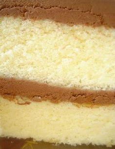 My favorite Yellow Cake recipe. Chocolate Avocado Cake, Chocolate And Vanilla Cake, Moist Vanilla Cake, Swans Down Cake Flour Recipe, Moist Yellow Cakes, Cake Recipes, Dessert Recipes, Just Cakes, Almond Cakes
