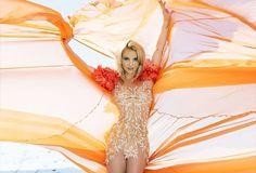 """""""Slumber Party"""" Podría ser el Segundo Single   El sitio oficial de Britney en su cuenta de twitter realizo una encuesta en cual debería ser el segundo single de """"Glory"""" entre las opciones se disputaban """"Slumber Party"""" """"Just Luv Me"""" y """"Liar"""" y la mas votada entre todas fue """"Slumber Party"""" con el 41% de los votosseguido en segundo lugar """"Liar"""" y por ultimo """"Just Luv Me"""" eso podría tener peso en el equipo de Britney Spearssobre el segundo single. En el 2011 en la era Femme Fatale también se…"""