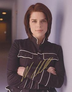 NEVE CAMPBELL as Sidney Prescott - Scream GENUINE AUTOGRAPH for USD75.00 #AUTOGRAPH Like the NEVE CAMPBELL as Sidney Prescott - Scream GENUINE AUTOGRAPH? Get it at USD75.00!