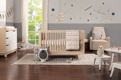 Hudson 3-in-1 Convertible Crib in Washed Natural