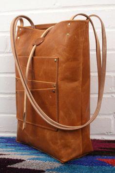 Limited Edition Multi Tasche Leder Tote Bag gesehen bei von inblue
