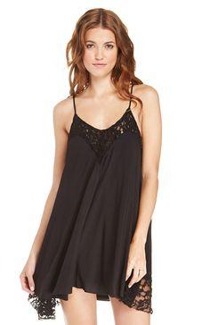 DailyLook: Lace Trim Trapeze Dress in Black XS - L