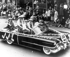 The 1955 Apple Blossom Parade, Winchester, VA. Patsy Cline rides with Bill Peer and his Melody Boys