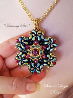 "TUTORIAL ""Dancing Star"" double-face pendant with zoliduo beads. ©Simona Svezia Design. Available on my Etsy shop: https://www.etsy.com/it/shop/PerlineeBijoux Facebook page: https://www.facebook.com/simona.svezia.design/"