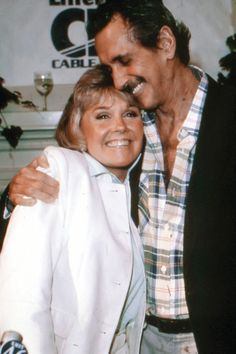 How Hollywood Faced the AIDS Crisis in the '80s | Veooz 360.Doris Day * Rock Hudson