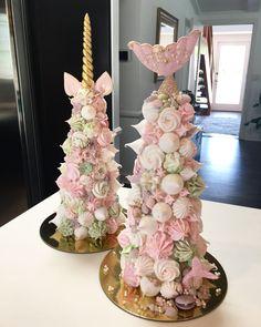 Unicorn and Mermaid cakes 🍰 Birthday Party Treats, Birthday Parties, Birthday Cakes, Beautiful Cakes, Amazing Cakes, Cake Cookies, Cupcake Cakes, Strawberry Tower, Macaron Tower