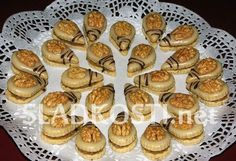 Vegan Shortbread, Honey Cookies, Czech Recipes, Croatian Recipes, Almond Recipes, Cookie Desserts, Sweet And Salty, Holiday Cookies, Christmas Baking