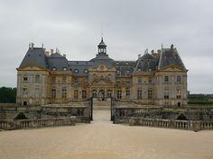 Vaux Le Vicomte, Destinations, Harley Quinn Comic, Old Buildings, Belle Photo, Landscape Architecture, Facade, Beautiful Places, Louvre