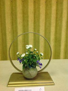 New Garden Club Journal    A Small floral design            flower arrangement