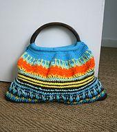 Ravelry: Wooden handle crochet purse pattern 172 pattern by Luz Mendoza