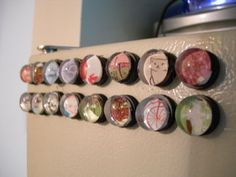 Fridge Magnets out of glass pebbles! Tutorial stunk but you get the idea :) Love it! Find magnets, glass tiles, adhesives here: www.eCrafty.com