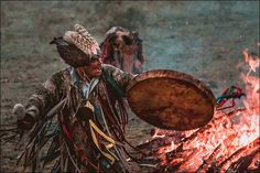 "Chamans :18 photographies incroyables de ""The Gathering Shaman"" en Sibérie"