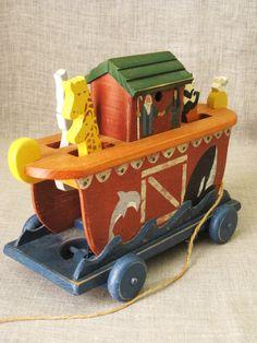 Folk Art Toy / Pull Toy / Vintage Noah's Ark Pull by wilshepherd