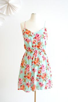 Sweet Floral Dress - love these colors for spring