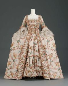 Gown, French late 1700s silk, silk bobbin lace