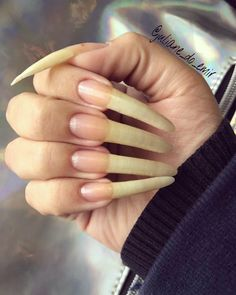 Long Fingernails, Long Gel Nails, French Manicure Acrylic Nails, Stiletto Nails, Sexy Nails, Dope Nails, Real Long Nails, Long Natural Nails, Curved Nails