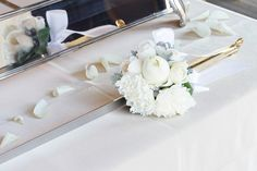 #setre#novarese#vressetrose #wedding #white #round # #natural#flower #bridal#cake#caketable#ノバレーゼ#ブレスエットロゼ #セトレ#ウエディング# ホワイト#グリーン#シンプル #会場装花#ナチュラル#小花#野草#ナチュラル#ブライダル#結婚式#テーブルコーディネート#ケーキ#ケーキテーブル#ナイフコサージュ