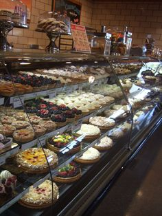 Bakery, Oh my, reminds me of Solvang, CA, we would go to town & the boys had to have a pastry & milk!